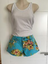 "RALPH LAUREN FLORAL BLUE DENIM SHORTS . Size 28"" W ( UK 10 ) BNWT. **"