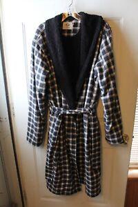 UGG Australia Mens Kalib Cotton Flannel Fleece Lined Robe Plaid Black Size M / L