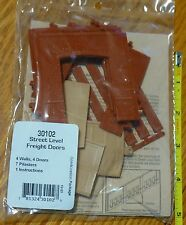 DPM Design Preservation Models HO #30102 Street Level Wall Sections w/Freight Dr