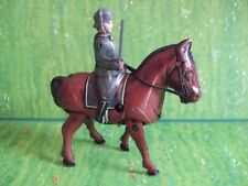 Blomer und Schüler, mechanisches Pferd laufend, Soldat reitend