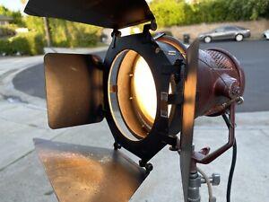 Mole Richardson Mickey Mole 1k 1000w Openface Tungsten 3200K Light 4081 Arri