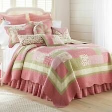 Donna Sharp Bashful Rose Quilted Country Cotton King 4-Piece Bedding Set