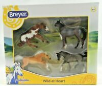 Breyer Wild at Heart Set of 4 Stablemates Horse Toy Figures 6035 New in Box