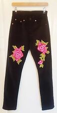 Levis Black Denim Jeans Straight Leg With Pink Embroidered Flowers 26 Inch Waist