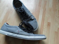 Tommy Hilfiger men's trainers plimsolls size 10 grey canvas lace up