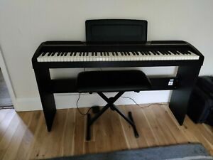 KORG SP-170 88 KEY DIGITAL PIANO + ADJUSTABLE STAGG STOOL