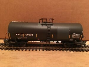 HO Atlas 17,600 Gallon Tank Car CTCX #700030 NS CSX BNSF UP KCS CN CP