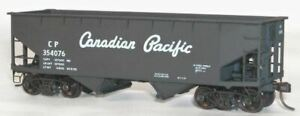 Accurail HO 50-Ton Offset Side Twin Hopper Kit Canadian Pacific