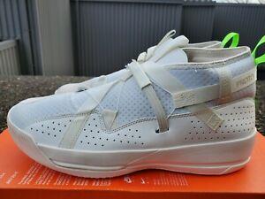 Nike Air Jordan Kobe Proto 32.9 - Sail/White-Electric Green-Black - Size 10.5