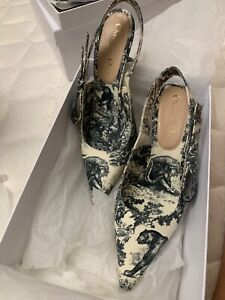 Christian Dior Toile de Jouy Sweet-D Slingbacks Pumps 37