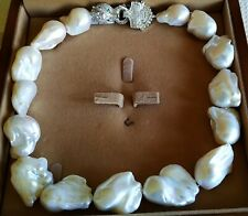SUPER LARGE BAROQUE PEARL NECKLACE