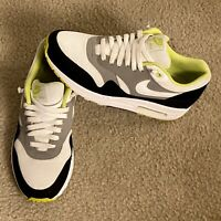 NIKE Air Max 1 Essential 2012 Men's Size 9.5 Black/Medium/Grey 537383-110
