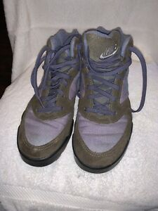 Nike Womans Outdoor  Shoe Size 7.5