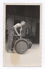 PHOTO ANCIENNE Tonneau Métier Vin Nuits Saint Georges liquoristerie Enfant 1950