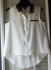 BCX Versatile Sleeveless White Polyester Button-Down Shirt w/Contrast Trim - M
