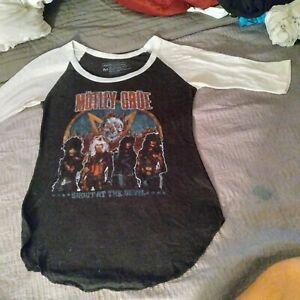 Vintage  motley crue T shirt size M