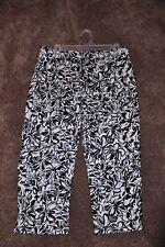 Ladies NWT Worthington Cropped Pants - Size 10 petite-PRICE REDUCED