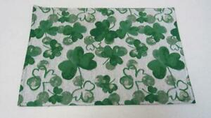 St. Patrick's Day Tapestry Placemat White/Green Shamrocks Allover 13 X 19 NEW