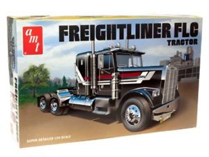 R2AMT1195 AMT Freightliner FLC Semi Tractor 1:24 Scale Model KitAMT 40' Semi Con