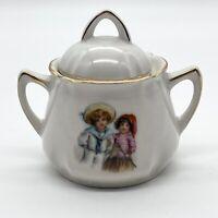 Vintage Porzellan Deckeldose mit Goldrand Handbemalt Kinder-Motiv - 8cm #K103