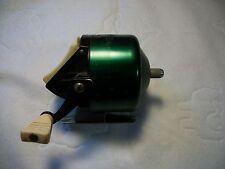Vintage Bronson Mustang 803 Spinning Fishing Reel