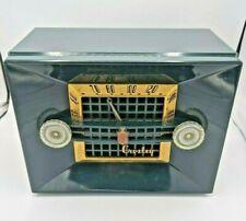 New ListingMid-Century 1950 Crosley Model 11-106U tube table top radio, working