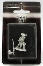 Dark Sword Dsm-8069 Mouse Paladin with Two-Handed Sword Rodent Warrior Champion