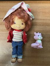 2003 Strawberry Shortcake Doll Figure AND Custard her Cat! Vintage Scented