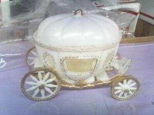 wedding piece cinderella stage coach pumpkin Prince Princess horses B&G W & gold