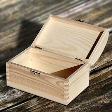 Wooden Natural Casket for Jewelry & Small Items With Rounded Lid (18x12x10 cm)