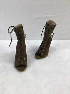Steve Madden Olive Suede Peep-toe Lace Up Booties Size 8.5M  OOS F3436/