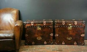 Vintage Finest English Matching Pair of Leather Handmade Side Table Trunks