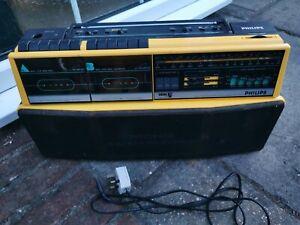 VINTAGE PHILIPS D8303 RADIO CASSETTE PLAYER FABULOUS LOOKING