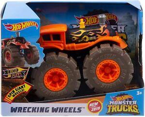 Hot Wheels - Monster Trucks Loco Punk - Giant Train Wheels Wrecking Wheels 1/24