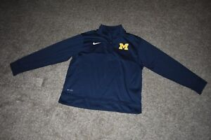 Nike Boys Michigan Wolverines Long Sleeve 1/2 Zip Pullover Size Medium