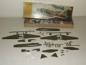 "1967 Lindberg Model Kit 576 Mitsubishi G4M2 ""Betty"" WWII Japanese Bomber Plane"