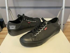 Mens Levi Shoes Size 9 Never Worn Brand New