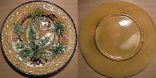 ancienne assiette à dessert en barbotine à décor de vigne et lierre début XX ème