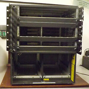 1 USED CISCO WS-C5509 CHASSIS w/FAN TRAY 70002609-02 &  BACKPLANE ASSY