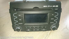 Genuine New KIA Sorrento car stereo radio head unit double din sat nav Hyundai