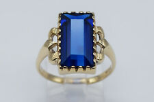 10K Yellow Gold Elegant Women's Ring with 4.20 Ct Rectangular Blue Spinel Stone
