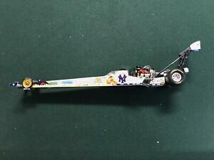 Action Diecast 1:24  NY Yankees 2002 NHRA Dragster Andrew Cowin Muppets