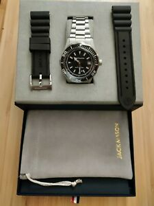 Jack Mason Seatrek Automatic Watch Box Set. (Only owned for 1 day read desc.)