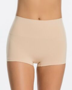 Spanx Womens Everyday Shaping Boy Short, Shapewear Control shorts, Spanx SS0915