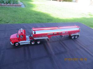 FRANKLIN MINT FIRE RESCUE HOSE CO 3 MACK TRACTOR TRAILER TANKER 1/43 L@@K!!!