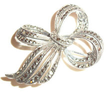 A Lovely Very Pretty Vintage Marcasite Bow solid Silver Brooch , Nice item