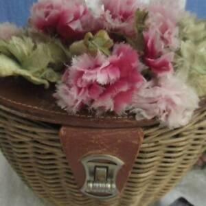 Darling Vintage 40s Leather Wicker FLOWER Carnations Basket Purse