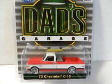 1:64 GreenLight *DAD'S GARAGE* Red & White 1972 Chevrolet C-10 Pickup w/TOOL BOX