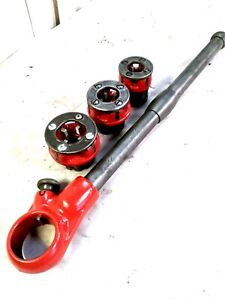 """Ridgid 00-R Ratcheting Handle Pipe Thread With 3 DIE'S  3/8"""" = 1/2"""" & 3/4"""""""