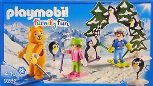 Playmobil 9282 Skischule Skilehrer im Bärenkostüm Kinder Ski Luftballons Tor NEU
